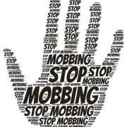 """Regular y frenar el """"mobbing"""" en España"""